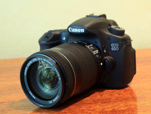 Canon60D_ThreeQuarter01